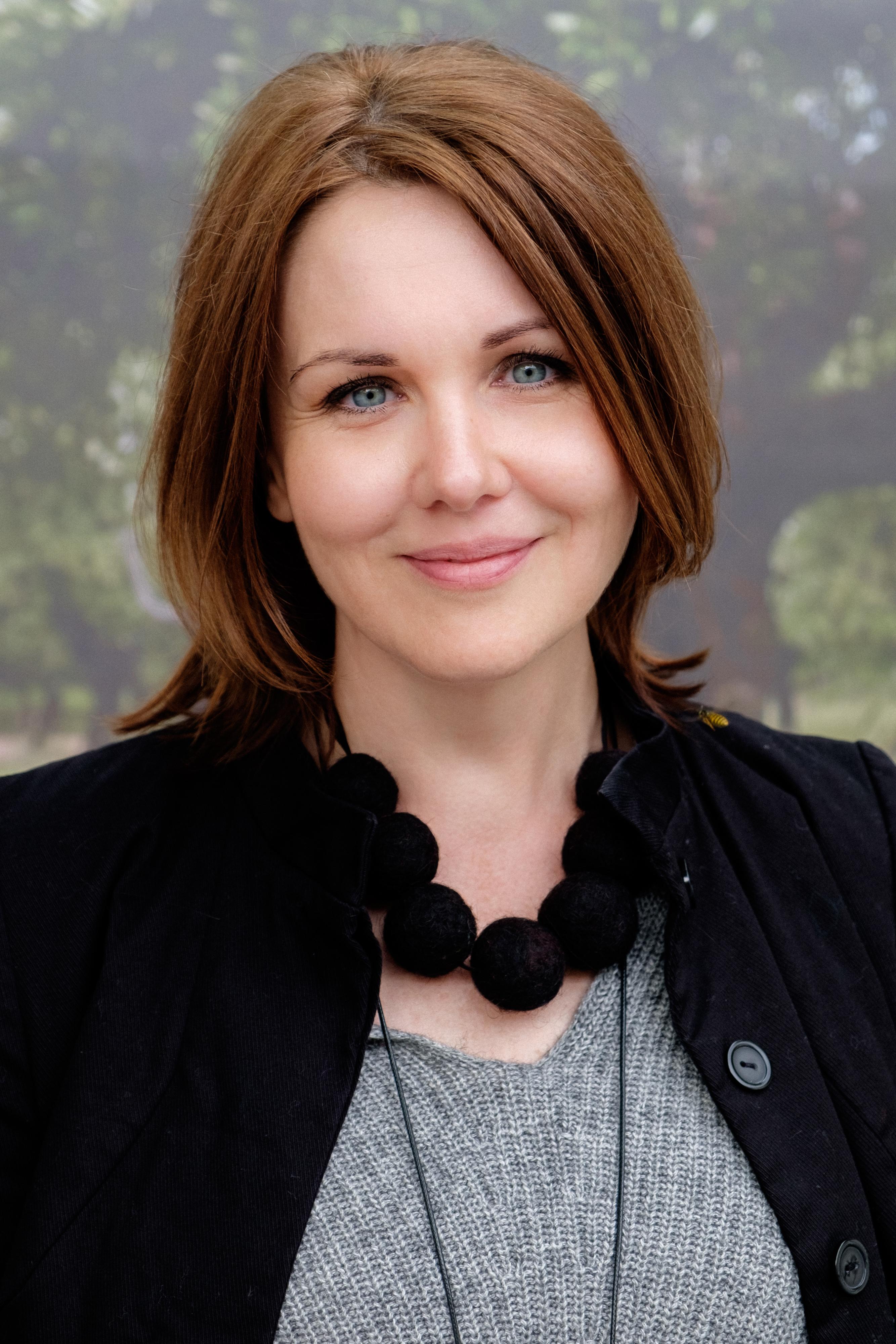 Елена Ласкари